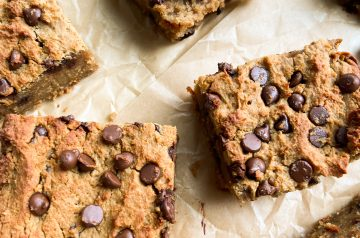 Flourless Blender Blondies